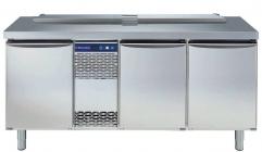 Саладетта Electrolux, 440 л, 3 двери